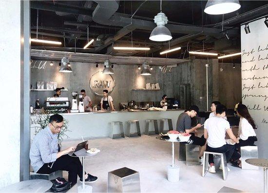 Go Raw Cafe – Pilihan Tempat Makan Saat Berlibur di Luar Negeri